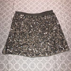 Alice + Olivia Silver Sequins  Mini Skirt Size 2